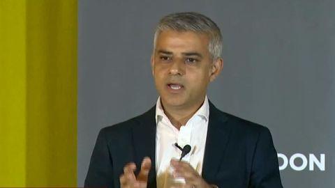 london mayor khan pro EU cnn sot duplicate 2_00014012.jpg