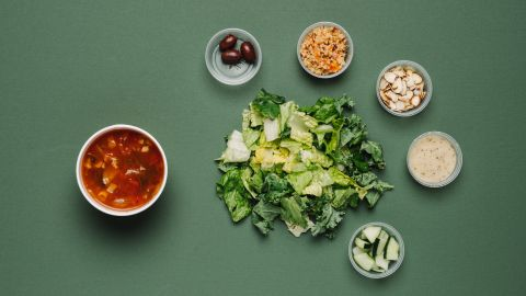 For vegans, the modern Greek salad with quinoa but without feta is nutrient-rich and pleases the palate. The low-fat vegetarian garden vegetable soup without pesto (1 cup) adds variety but also sodium.