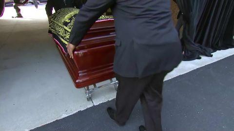 Muhammed Ali's casket arrives_00002809.jpg