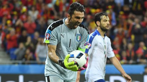 Italy's goalkeeper Gianluigi Buffon grabs the ball during the Euro 2016 group E football match between Belgium and Italy at the Parc Olympique Lyonnais stadium in Lyon on June 13, 2016. / AFP / EMMANUEL DUNAND        (Photo credit should read EMMANUEL DUNAND/AFP/Getty Images)