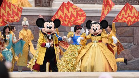 At the Enchanted Storybook Castle, guests enjoy fun entertainment throughout the day as performers gather at Storybook Castle Stage to celebrate with song and dance the magic of Shanghai Disneyland with the Golden Fairytale Fanfare. (Todd Anderson, photographer)