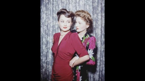 """De Havilland's contentious relationship with her younger sister, Joan Fontaine, right, no doubt wasn't helped when the latter became an actress, too. <a href=""""http://www.cnn.com/2013/12/16/showbiz/joan-fontaine-obit/"""">Fontaine, who died at 96 in 2013,</a> took home an Oscar first for """"Rebecca,"""" beating out her older sister in 1941. <a href=""""http://www.vanityfair.com/hollywood/2016/04/olivia-de-havilland-joan-fontaine-sibling-rivalry"""" target=""""_blank"""" target=""""_blank"""">Their sibling rivalry</a> was one of Hollywood's most famous feuds."""