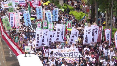 hong kong protests stevens pkg_00022312.jpg