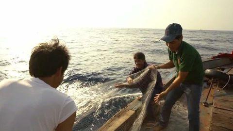 vietnam fishermen south china sea dispute mohsin pkg_00001216.jpg