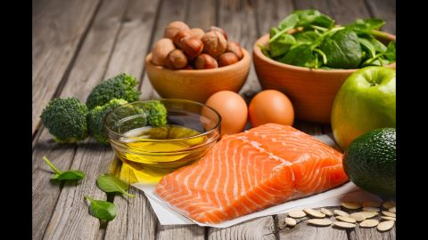 """You can cut your risk of dying by more than a fourth just by replacing bad fats with good. That's the takeaway from a <a href=""""http://www.elabs10.com/c.html?ufl=4&rtr=on&s=x8pbgr,2ktan,2kek,70u2,5x3p,6of1,6c1m"""" target=""""_blank"""" target=""""_blank"""">new study from Harvard</a> that analyzed the eating habits of more than 126,000 men and women over a 32-year period. And some fats were better than others from protecting against specific diseases."""