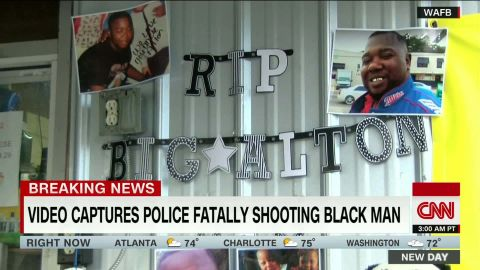 baton rouge police shooting alton sterling cell phone video polo sandoval dnt nd_00010108.jpg