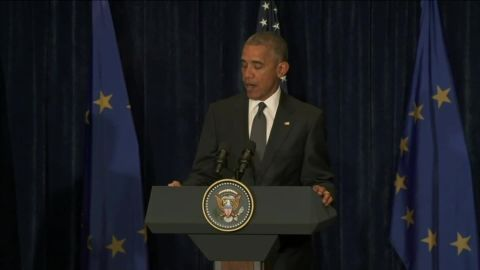 president obama reacts to dallas shootings from warsaw poland_00000000.jpg