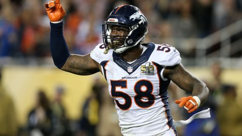 The MVP of Super Bowl 50 for the Denver Broncos single-handedly badgered Panthers quarterback Cam Newton into submission, with 6 tackles, 2.5 sacks, 2 forced fumbles and 2 quarterback hurries in the title game. Von Miller promptly signed a $114.5 million deal ($70 million guaranteed) with the Broncos, making him the richest defensive player in NFL history.