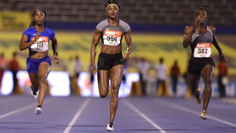 Fraser-Pryce (left) was second behind Elaine Thompson (center) in the 100m at the 2016 Jamaica trials.