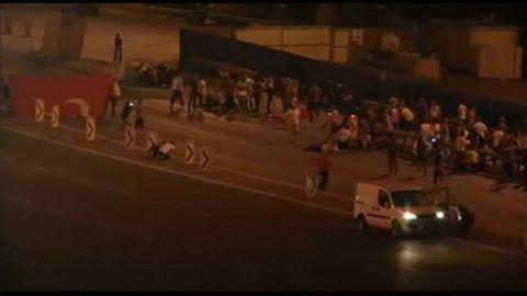 gunfire heard in istanbul streets