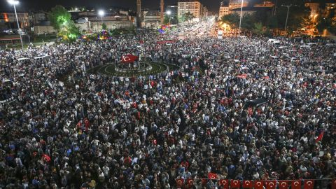 Citizens in Sivas rush to the streets during the chaotic coup attempt.