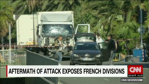 france attack exposes divisions._00020208.jpg