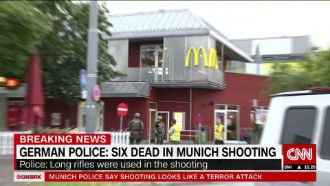 germany munich witness gunman loading pistol_00025911.jpg