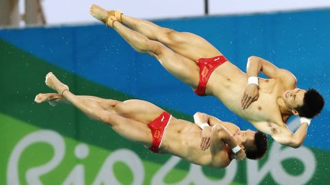 Synchronized divers Chen Aisen and Lin Yue won the 10-meter platform event for China. China has won the event in the past four Olympics.
