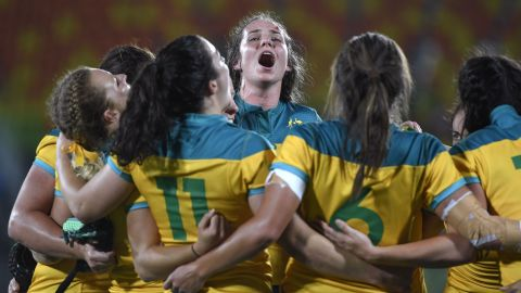 """Australian rugby players <a href=""""http://www.cnn.com/2016/08/08/sport/womens-rugby-sevens-new-zealand-australia/index.html"""" target=""""_blank"""">celebrate after defeating New Zealand</a> in the gold-medal match 24-17. This is the first year that rugby sevens has been played at the Olympics."""