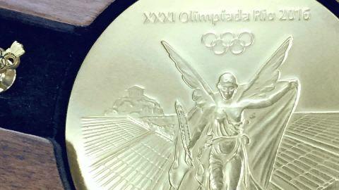 Rio Olympic medals making orig _00005728.jpg