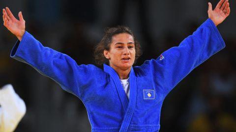 Majlinda Kelmendi winning gold medal for Kosovo