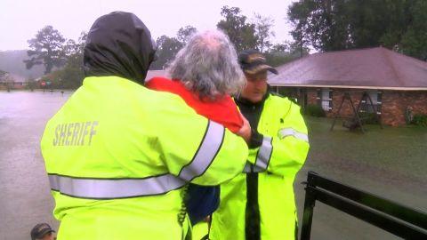 Louisiana flood rescue video sanchez newday_00000000.jpg