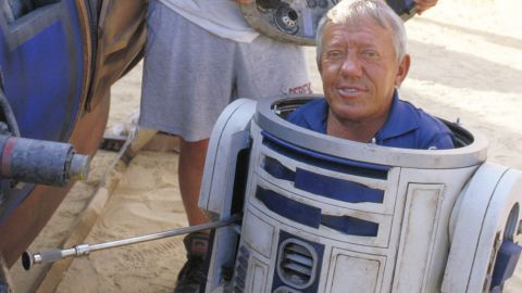 """British actor <a href=""""http://www.cnn.com/2016/08/13/entertainment/actor-kenny-baker-dies/index.html"""" target=""""_blank"""">Kenny Bake</a>r, best known for playing R2-D2 in the """"Star Wars"""" films, died on August 13, Baker's niece, Abigail Shield, told CNN. He was 81."""