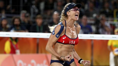 RIO DE JANEIRO, BRAZIL - AUGUST 08:  Kerri Walsh Jennings of United States celebrates during the Women's Beach Volleyball preliminary round Pool C match against Fan Wang and Yuan Yue of China on Day 3 of the Rio 2016 Olympic Games at the Beach Volleyball Arena on August 8, 2016 in Rio de Janeiro, Brazil.  (Photo by Ezra Shaw/Getty Images)