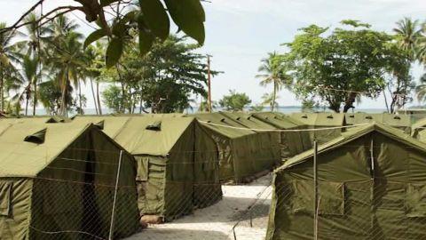 manus island detention center closing soares live_00002624.jpg