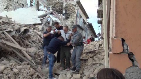 italy earthquake red cross intv_00005623.jpg