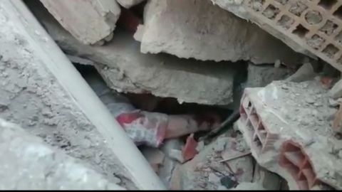 italy earthquake survivors mclaughlin pkg_00000000.jpg