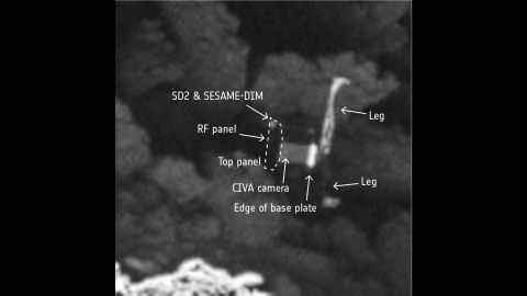 The image is detailed enough that viewers can pick out features of Philae's 3-foot-wide (1 meter) body. Even two of its three legs can be seen.