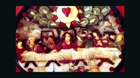 Julian Goldstein created a fruit salad resembling the Last Supper for the leader of the Buddhafield, Michel.