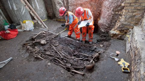 """The mass grave was thought to be a """"plague pit,"""" discovered by <a href=""""http://www.crossrail.co.uk/news/articles/dna-of-bacteria-responsible-for-london-great-plague-of-1665-identified-for-first-time"""" target=""""_blank"""" target=""""_blank"""">Crossrail</a> when constructing a new station at Liverpool Street in 2015."""