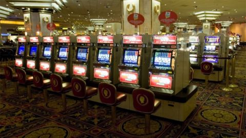 The slot machines at Trump Plaza.