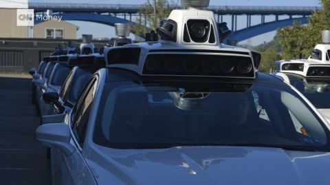 Taxi giant Uber is testing driverless technology, but CEO Travis Kalanick predicts it will be 2030 before the company can dispense with drivers.