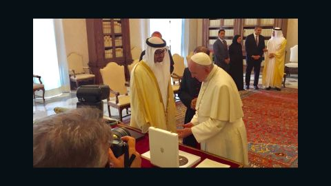 Sheikh Mohamed bin Zayed Al-Nahyan (left) meets with Pope Francis at the Vatican.