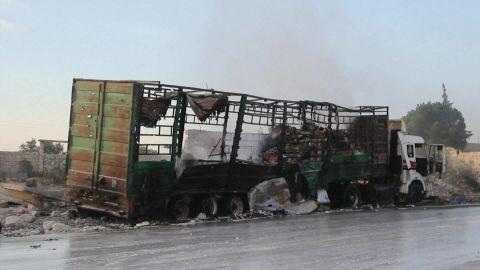 syria aid convoy attack orig_00010024.jpg