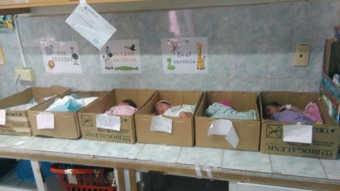 """CNN obtained this photo showing a newborn babies inside cardboard boxes at Domingo Guzmán Lander Hospital in Barcelona, Venezuela. The Venezuelan opposition party Mesa de la Unidad Democratica (MUD), said the photos were snapped by a hospital employee who did not want to be identified. The Social Security Director Carlos Rotondaro responded on Twitter, saying an investigation is being launched and that """"in no way will these actions, taken without consultation by a professional of the hospital, be justified.""""<br />"""