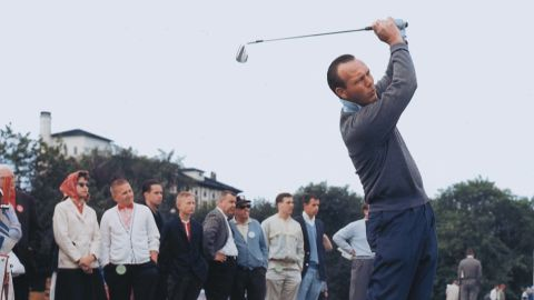 """Golfing legend <a href=""""http://www.cnn.com/2016/09/25/us/arnold-palmer-death/index.html"""" target=""""_blank"""">Arnold Palmer</a>, who helped turn the sport from a country club pursuit to one that became accessible to the masses, died September 25 at the age of 87, according to the U.S. Golf Association."""
