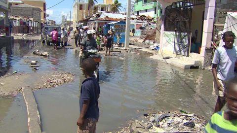 haiti devastation darlington lklv_00005018.jpg