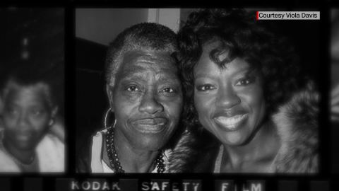 Viola Davis and her mother Mary Alice Davis pose for a photo
