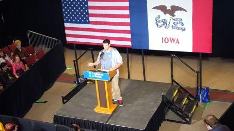 Student slams Clinton