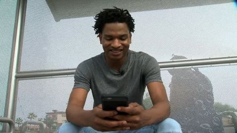 """Jamal Hinton received a random text invite to Thanksgiving from someone else's """"Grandma."""""""