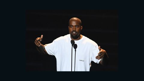 Kanye West performs on stage during the 2016 MTV Video Music Awards on August 28, 2016 at Madison Square Garden in New York. / AFP / Jewel SAMAD        (Photo credit should read JEWEL SAMAD/AFP/Getty Images)