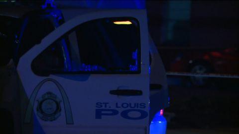 st louis officer shot
