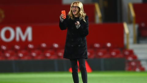 A-list celebrity Julia Roberts was at Old Trafford to see Manchester United draw with West Ham.