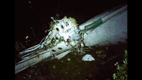 """A charter airplane with 77 people on board, including players from the Brazilian soccer team Chapecoense, <a href=""""http://www.cnn.com/2016/11/29/americas/colombia-plane-accident/index.html"""" target=""""_blank"""">crashed near Rionegro, Colombia,</a> outside Medellin, on Monday, November 28. At least 71 people were killed, officials said. Six survived."""