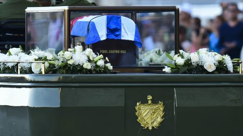 An urn with Fidel Castro's ashes goes through Havana on Wednesday, starting a journey across Cuba.