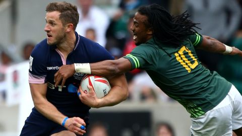 """Mark Robertson (left) was <a href=""""http://cnn.com/2016/08/04/sport/team-gb-rugby-sevens-rio-olympics/"""" target=""""_blank"""">one of two Scotland players in Team GB's Olympic squad</a>, having helped his side <a href=""""http://cnn.com/2016/05/22/sport/london-sevens-south-africa-scotland-fiji-rugby/"""" target=""""_blank"""">win its first tournament title at the season finale in London</a>. The Scots will aim to build on that and at least match their best series finish -- seventh, in 2014-15."""