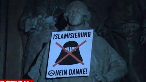austria election right wing pkg shubert wrn_00002706.jpg