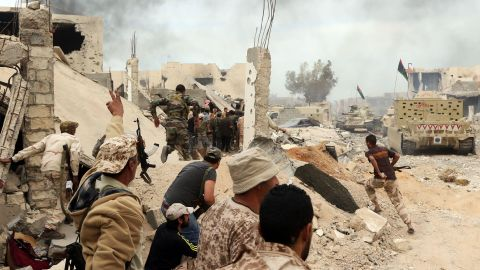 Forces hold position in clashes with ISIS in the city of Sirte.