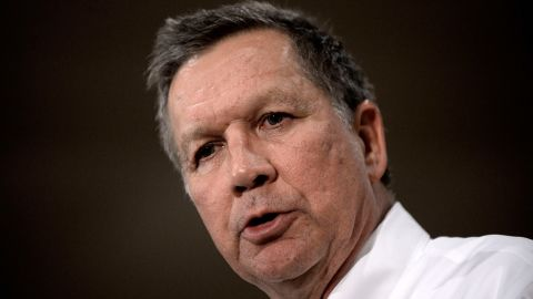 Republican presidential candidate John Kasich speaks during a town hall style campaign stop at the Crowne Plaza on April 19, 2016 in Annapolis, Maryland. The Maryland presidential primary will be held on April 26. / AFP / Olivier Douliery        (Photo credit should read OLIVIER DOULIERY/AFP/Getty Images)