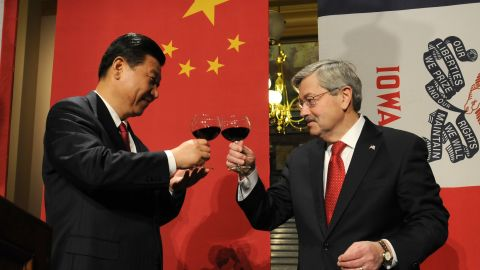 DES MOINES, IA - FEBRUARY 15:  In this handout provided by the Iowa Governor's Office, Vice President Xi Jinping of the People's Republic of China and Iowa Gov. Terry Branstad raise their glasses in a toast at a State Dinner at the state Capitol in February 15, 2012 in Des Moines, Iowa, President Obama met yesterday with Xi, who is to take over as president of China in 2013.   (Photo by Steve Pope/Iowa Governor's Office via Getty Images)